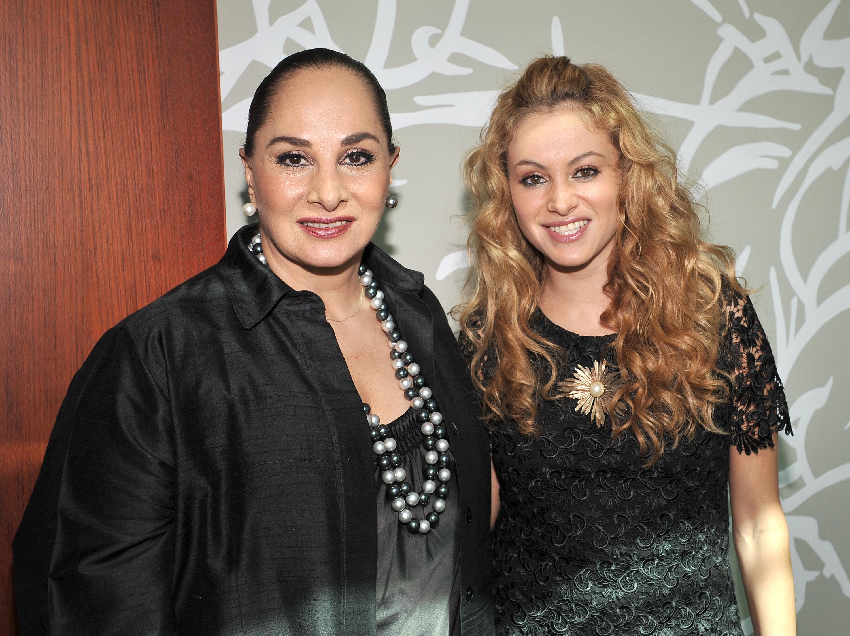 Susana Dosamantes Y Paulina Rubio 3000x2244