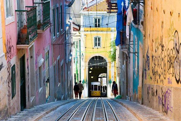 6. Lisboa, Portugal