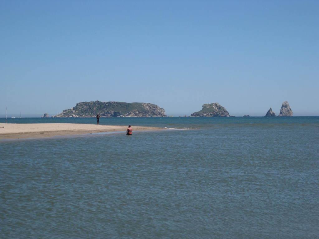 Islas Medas Desde La Gola Jpg
