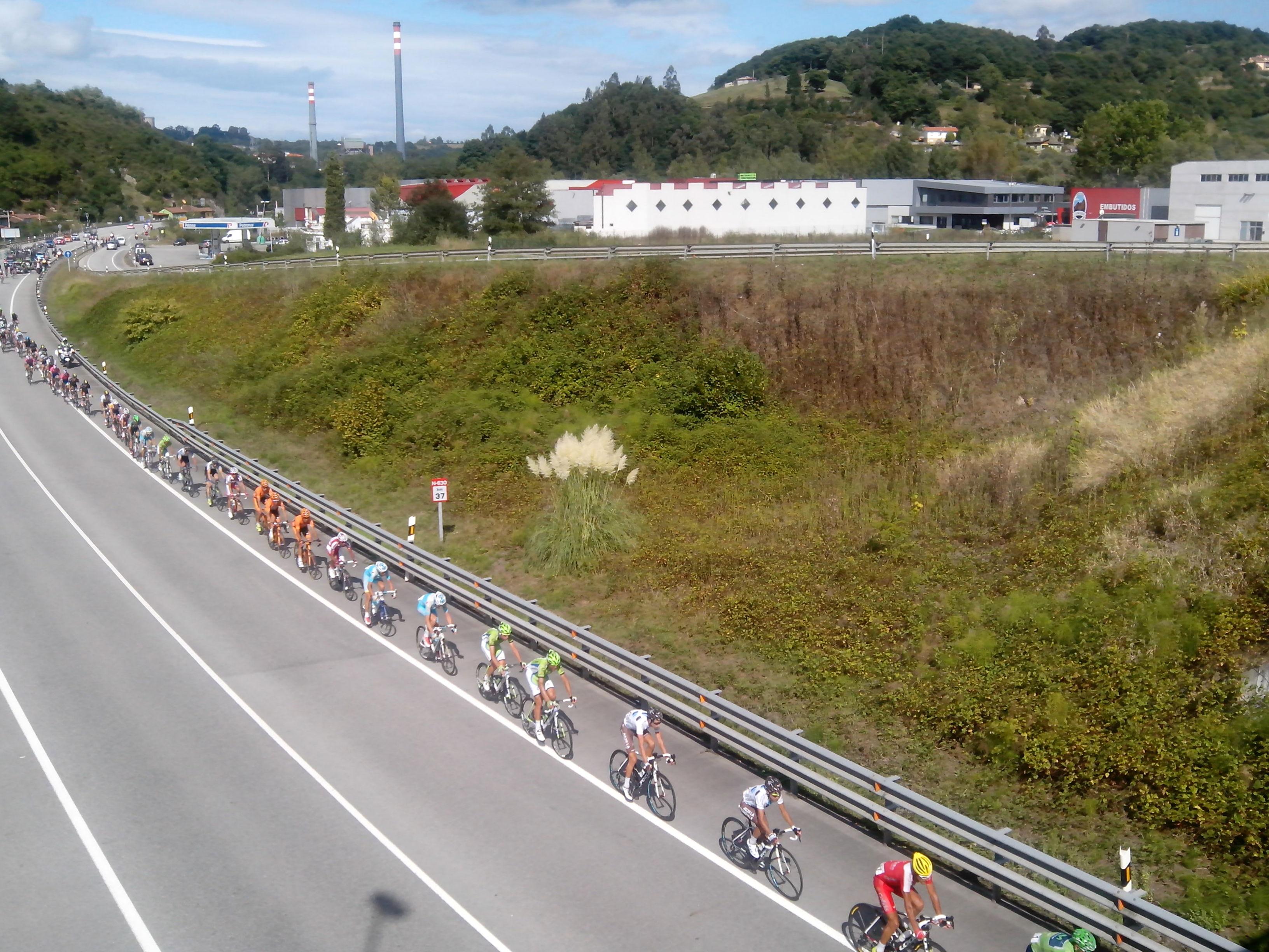 Vuelta ciclista a España a su paso por Argame. Año 2013