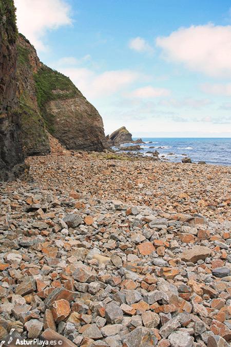 Purtiella Beach Cudierro Asturias West