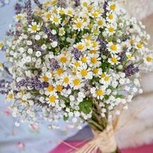 Un bouquet de fleurs pour dîner