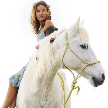 Dimitra Milan Horse 03 Bbf3d2f8 E36c 4ed6 9a58 C165c3d926f0 Large
