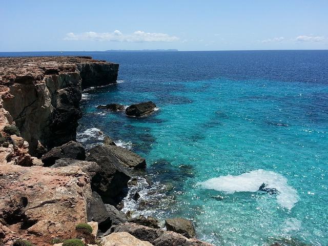 Cala de Mallorca - mruizdeassin (pixabay)