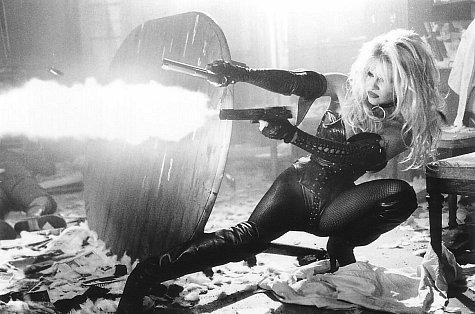Pamela Anderson Barba Wire 2