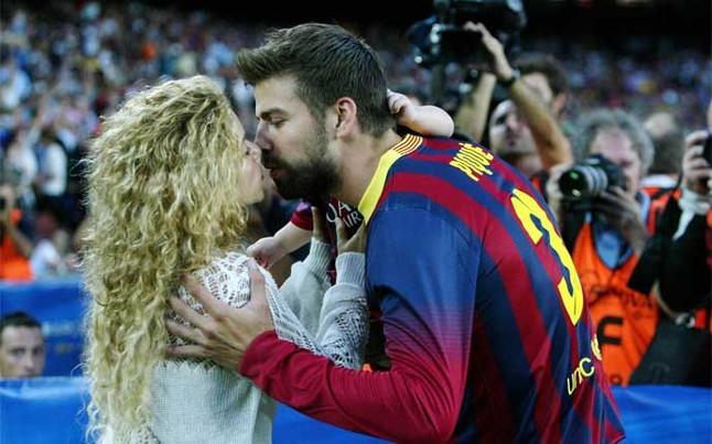 Shakira Pique Final Del Barca Milan Pasada Champions 1395661390477