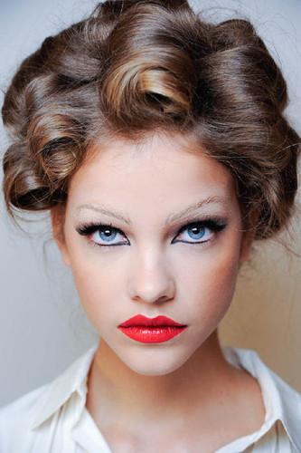 Red Lips Eyeliner