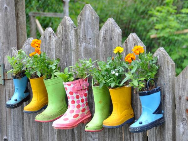 Gartendeko Kinderstiefel Blumen Zaun Selber Machen Bastelidee