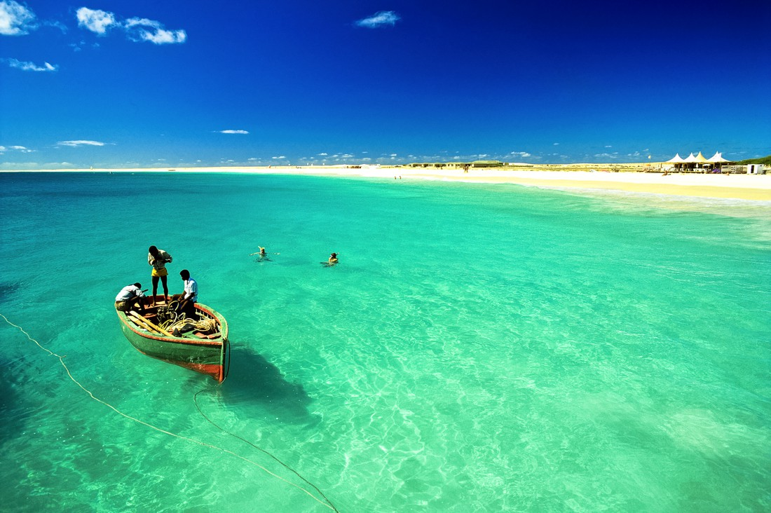 Yanpy Post 164 Yacht Charter Cape Verde
