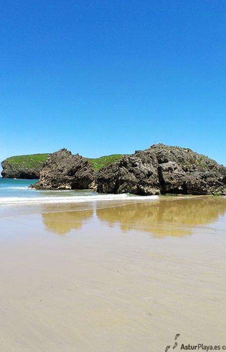 Borizu Beach Llanes Asturias
