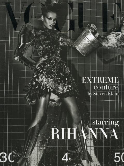 Rihanna Vogue Italia 0