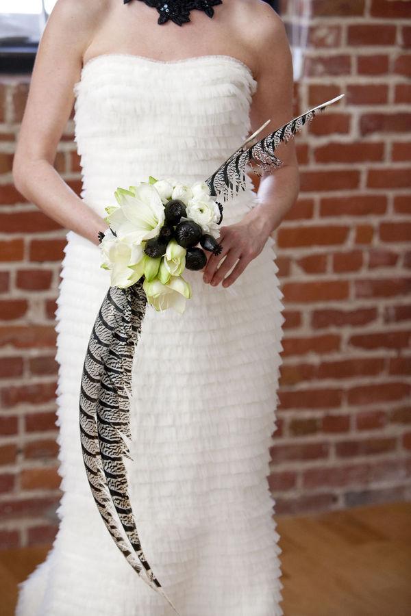32 Breath Taking Bridal Bouquets With Unique Design 29