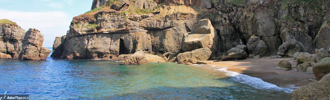 Cagonera Gijon Beach2