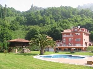 Fachada Hotel Cardeo