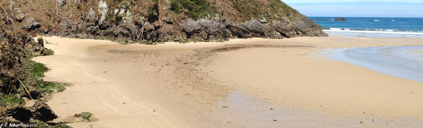 La Entrada Beach Llanes Asturias3
