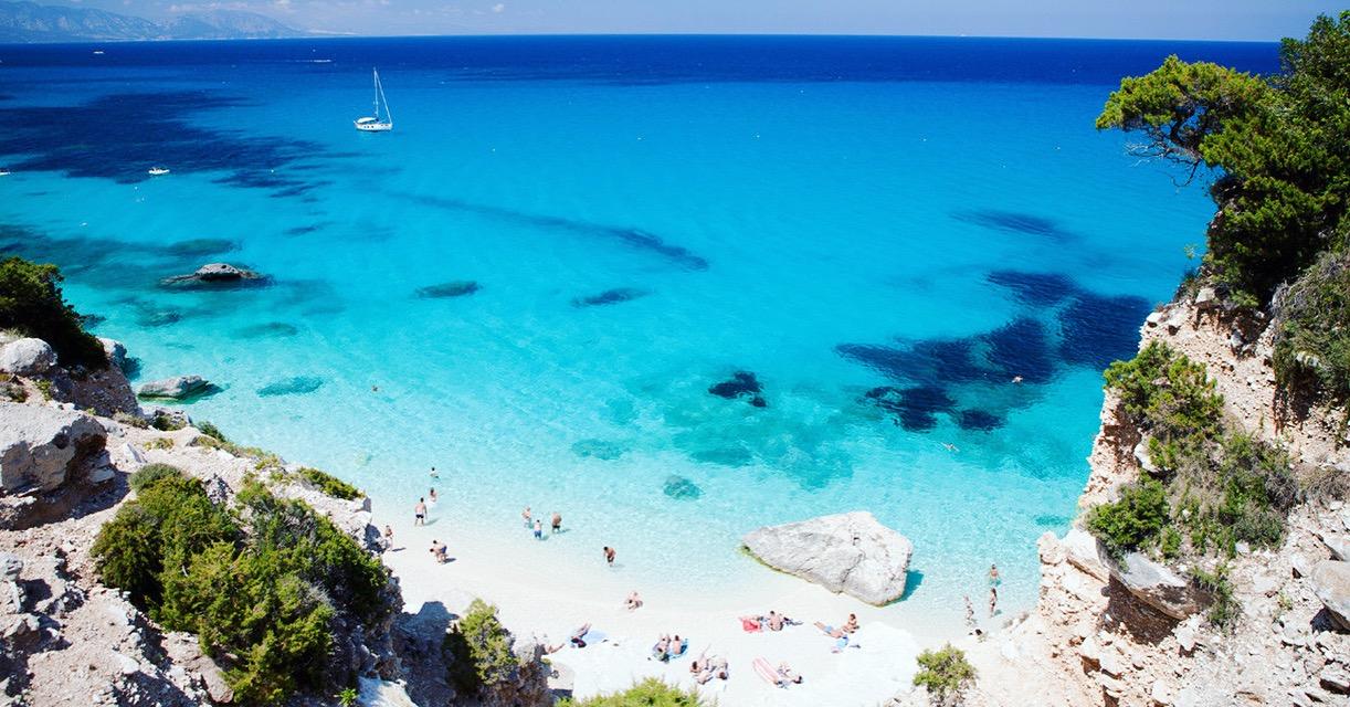 Yanpy Post 163 Yacht Charter Sardinia