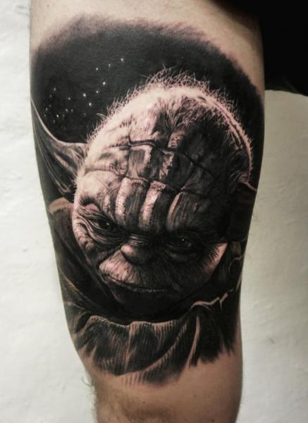 Tattoo Arm Fantasy Yoda Star Wars