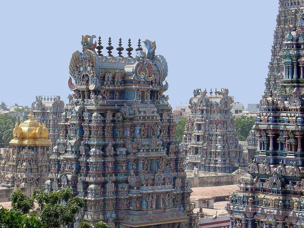 Los Templos Esculpidos De Madurai India