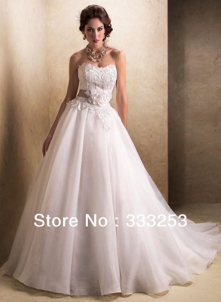 A Line Sweetheart Chapel Train Organza Wedding Dress For Free Shipping