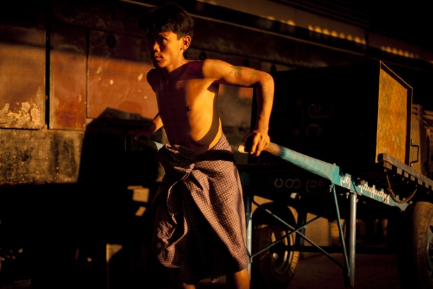 Alberto Rojas New Lights Of Burma Selected File 003