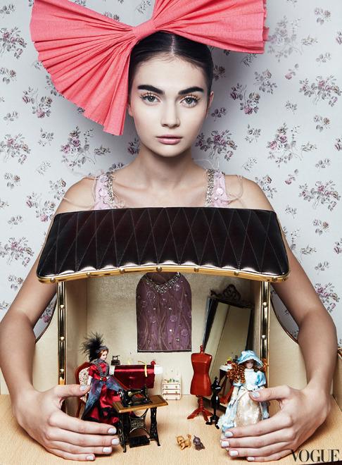 Toy Story Antonina Vasylchenko Danil Golovkin Vogue Russia Dec 2012 2 Jpg
