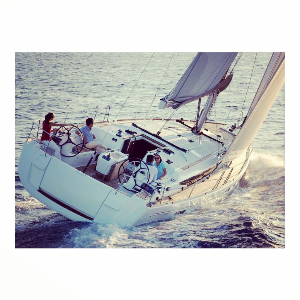 Yanpy Post 46 Jeanneau 509 Sailing