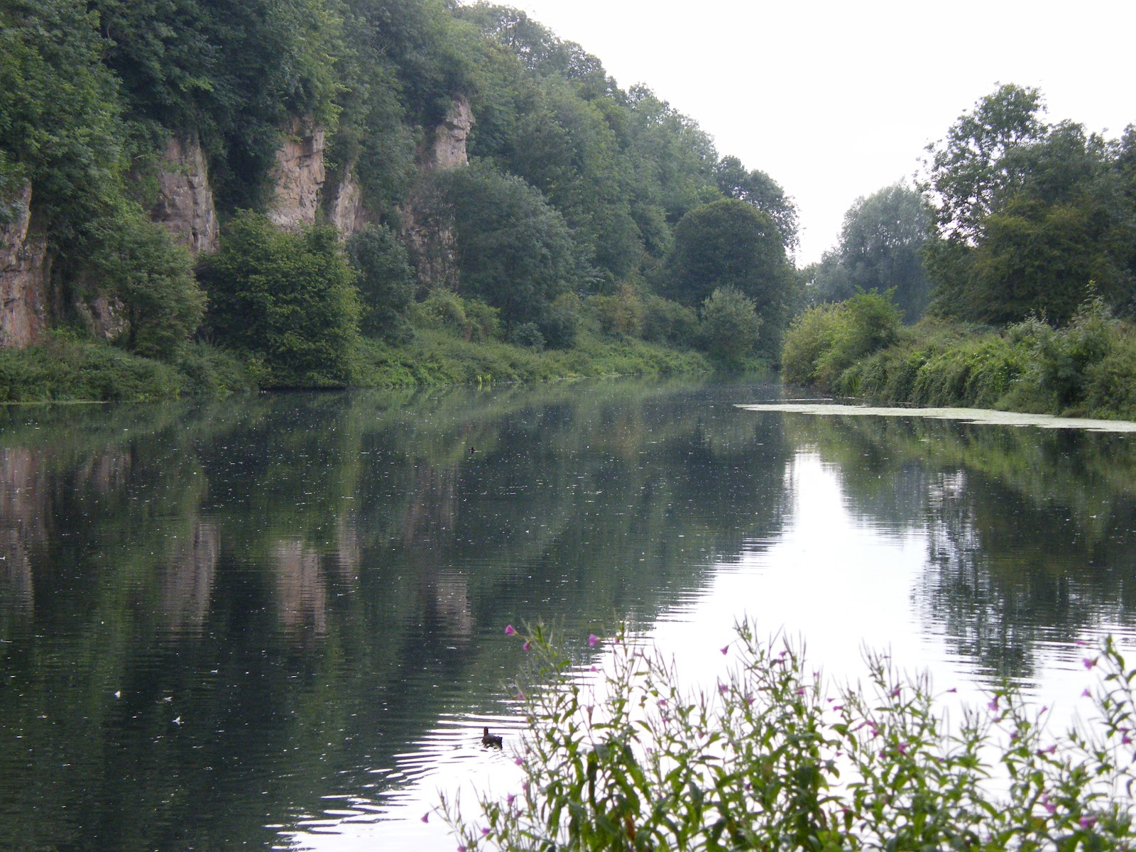 Creswell-Crags and the lake,NottinghamShire