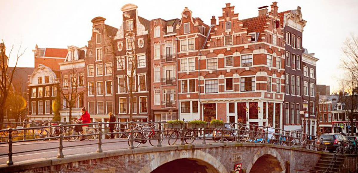 Amsterdam Bicis 850x566