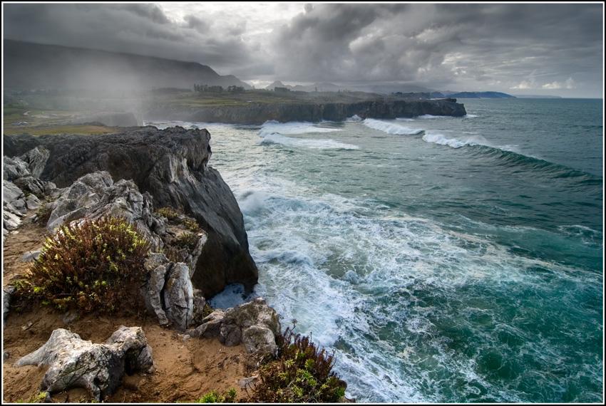 Asturias La Fuerza Del Mar