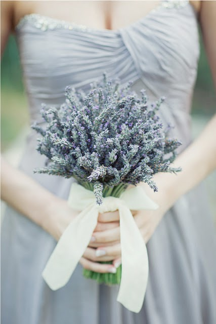 How To Make A Purple Wedding Bouquet 3