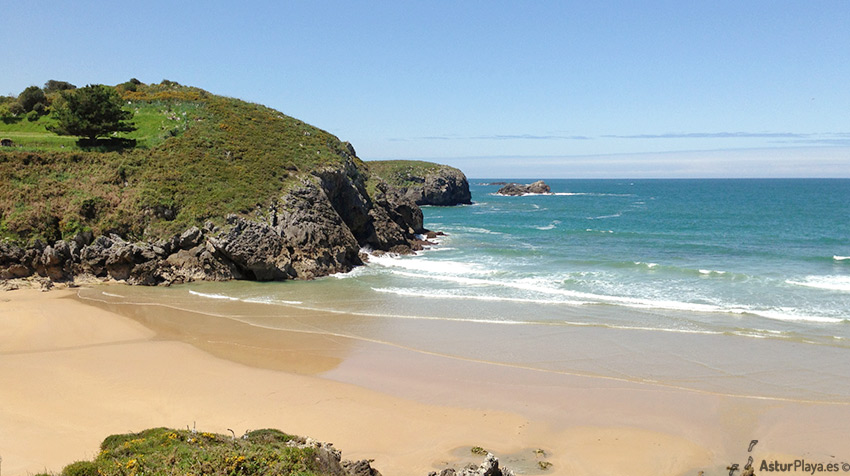 Troenzo Beach Celorio Llanes Asturias