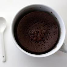 Bizcocho de chocolate, ¡en una taza!