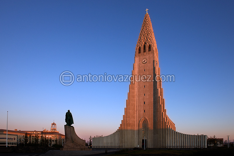 Iglesia de Reykjavík