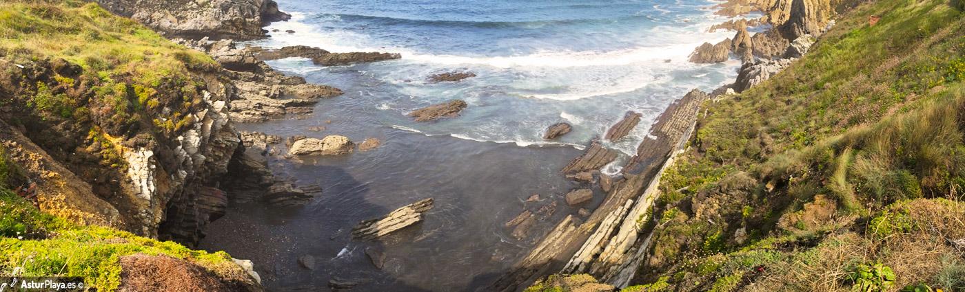 El Pedrero Beach Castrillon1