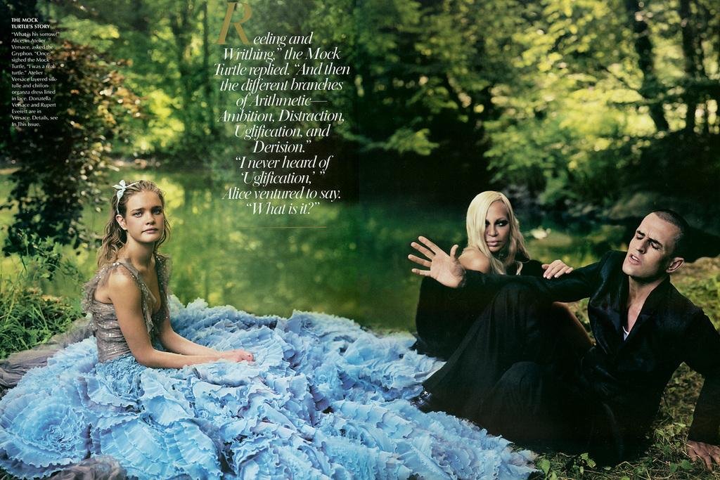 Alice In Wonderland By Annie Leibovitz 11