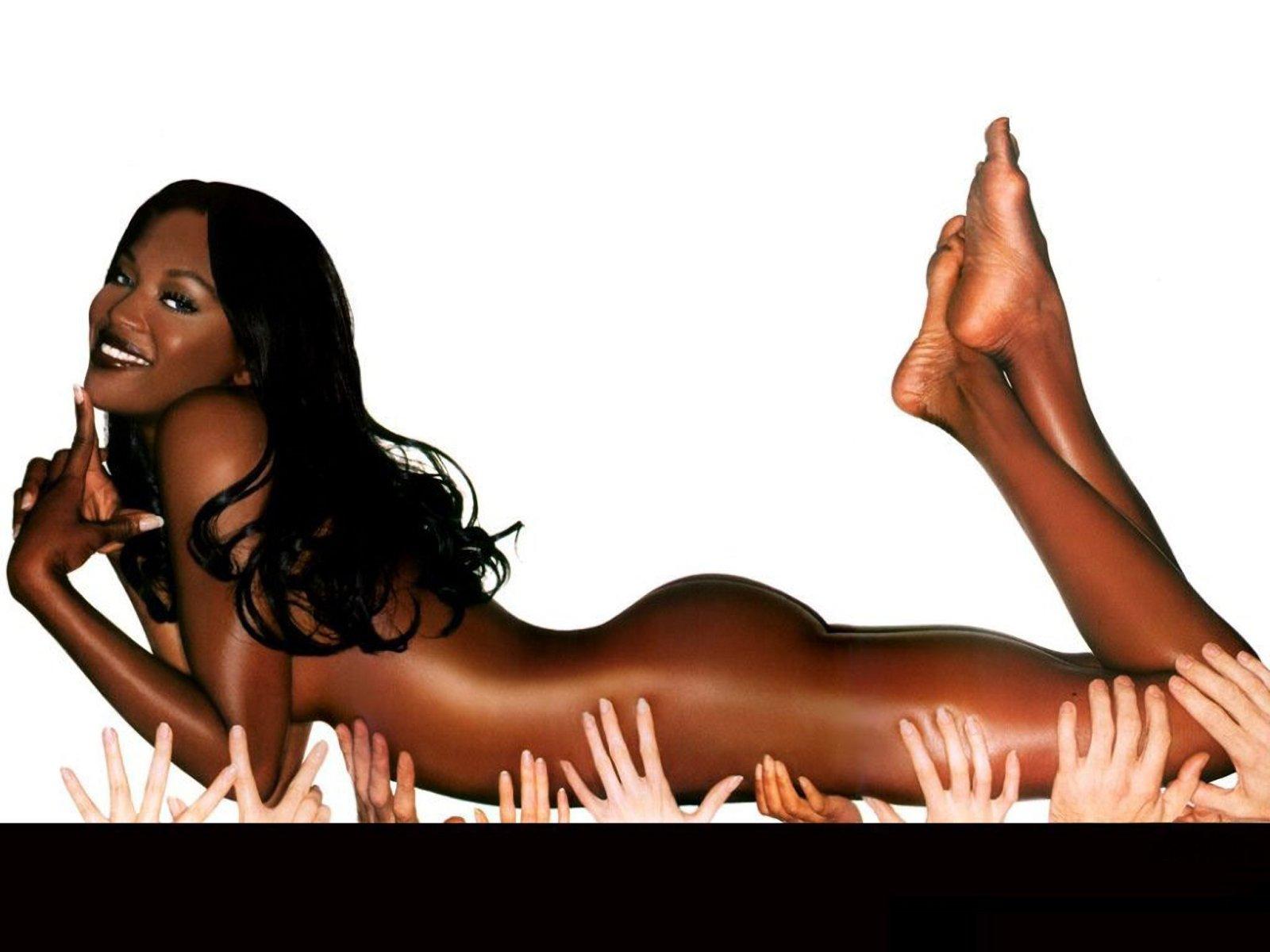 Naomi Campbell Hot 81649 1600x1200