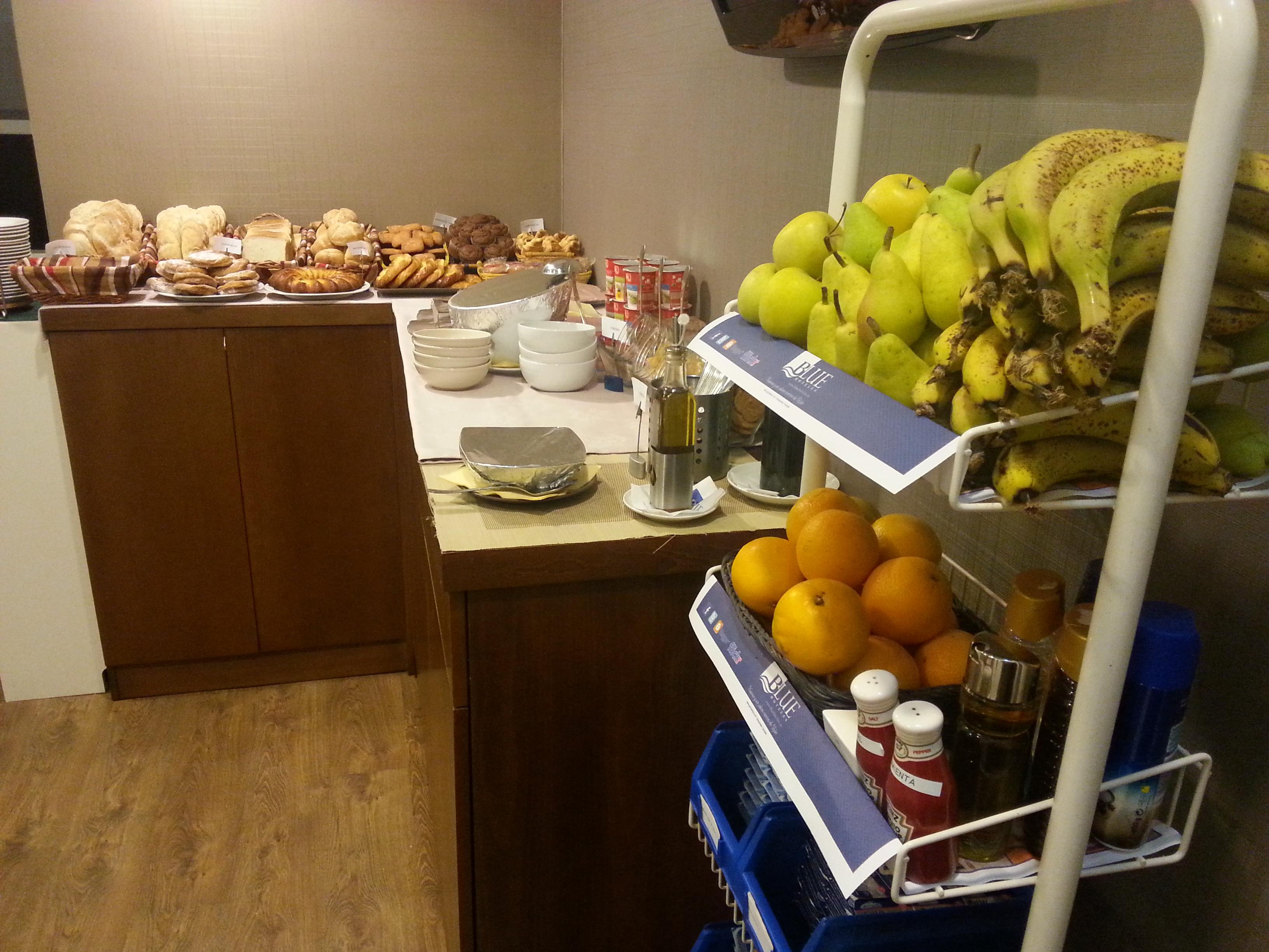 Desayuno Continental Hotel Blue Santa Rosa 3 Frutas