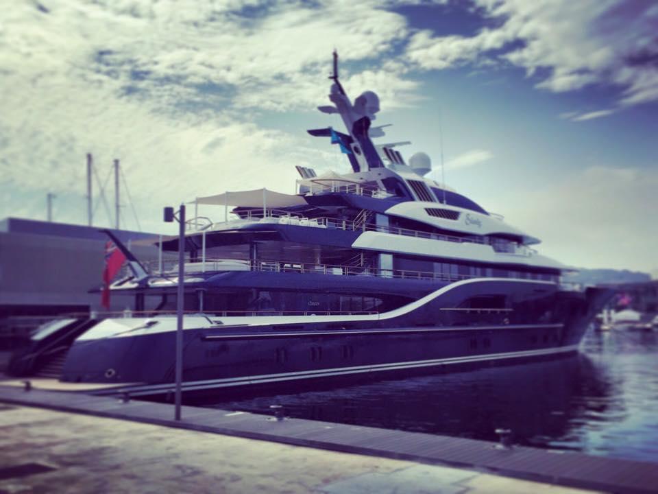 Yanpy Post 67 Megayacht Solandge Port Olimpic Barcelona
