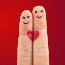 Cómo eres en el amor según dedo meñique