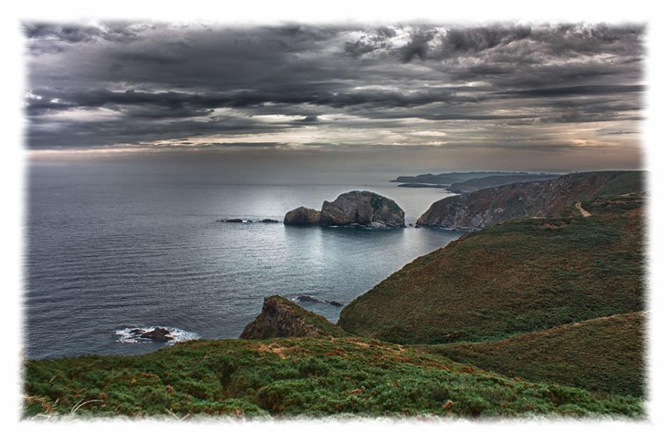 Cabo Peñas by Francisco Calzon