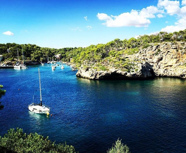Yanpy Post 100 Yacht Charter Mallorca