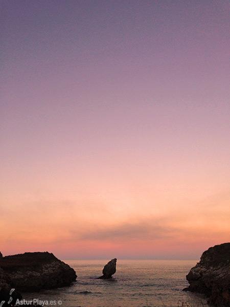 Buelna Beach Sunset Llanes1