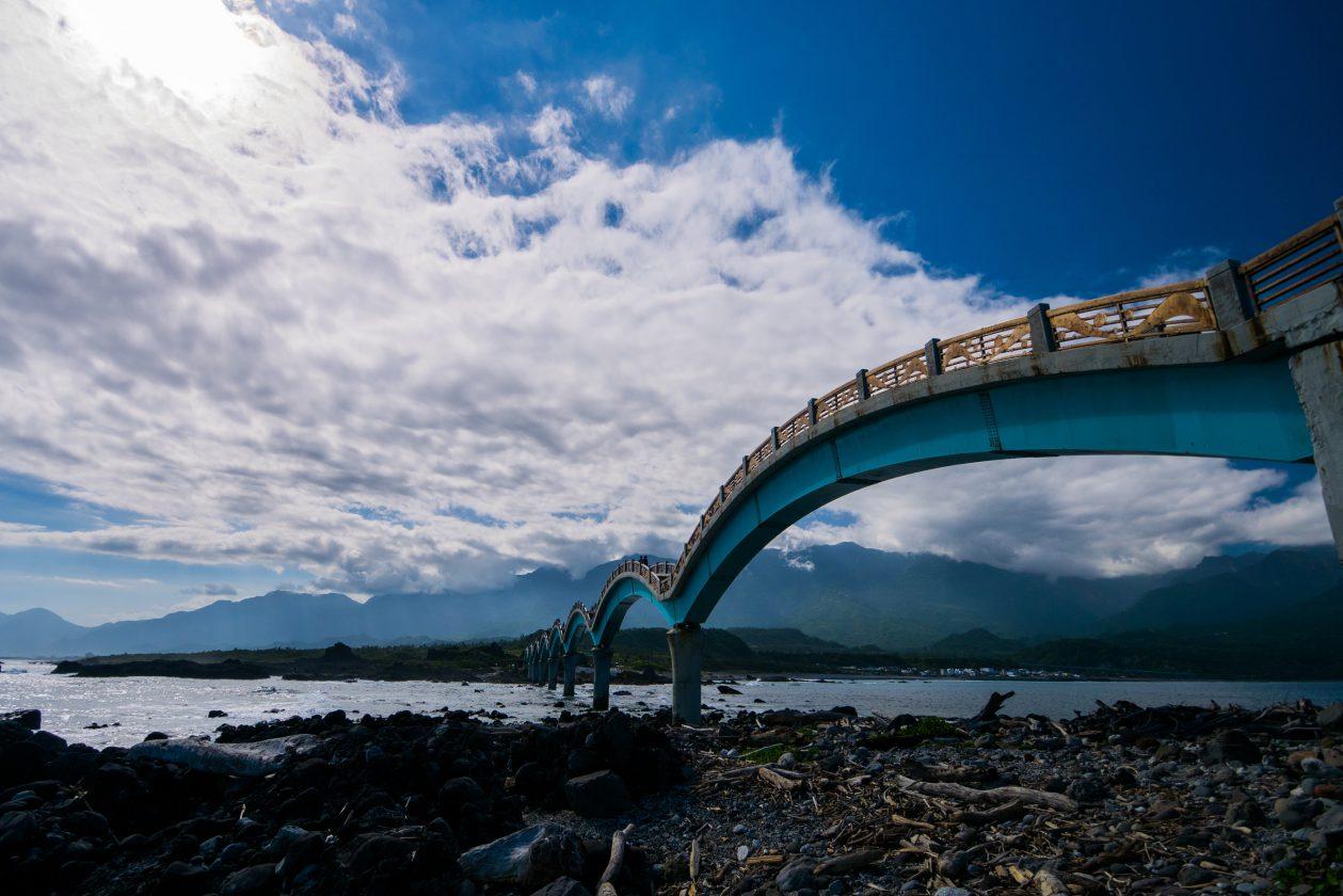 Sansiantai Pont Dragon Taiwan 04 1259x840