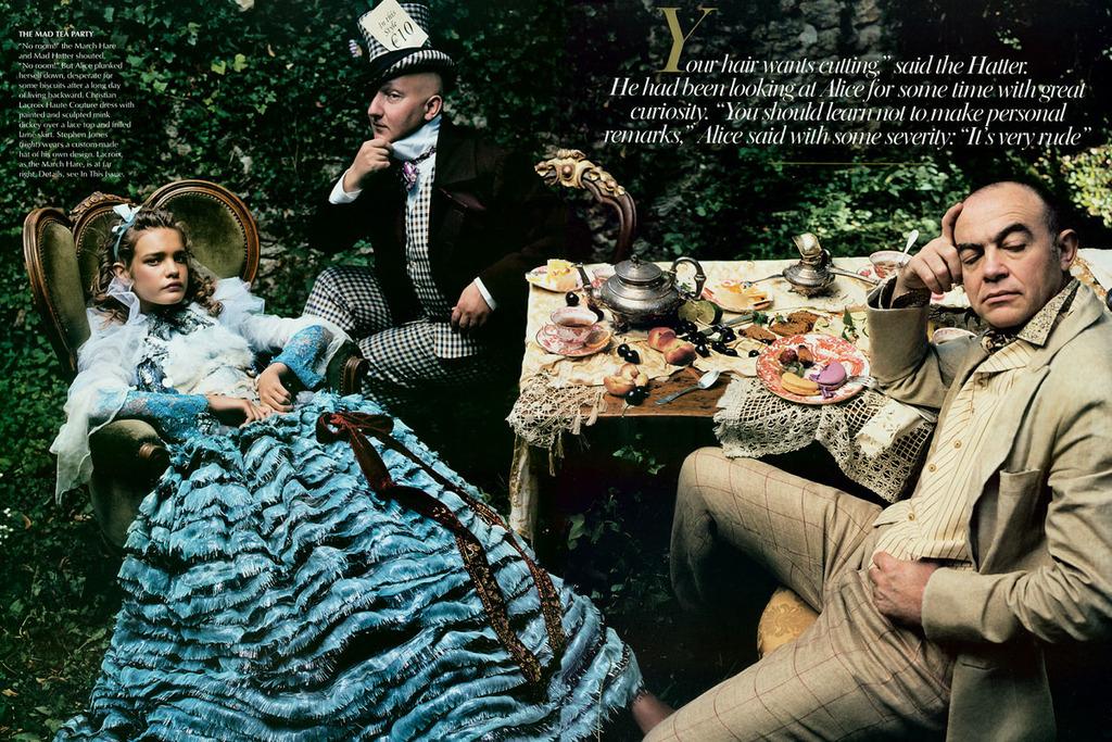 Alice In Wonderland By Annie Leibovitz 10