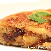 Tortilla de patata con cebolla carameliz