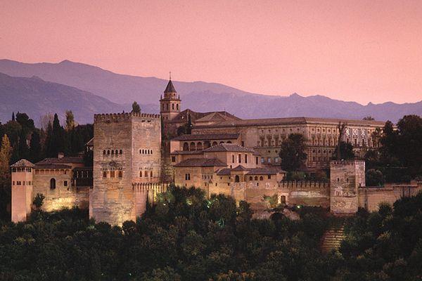 8. Alhambra, Granada, (España)