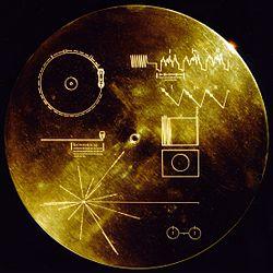 El disco de oro que llevan las Voyager