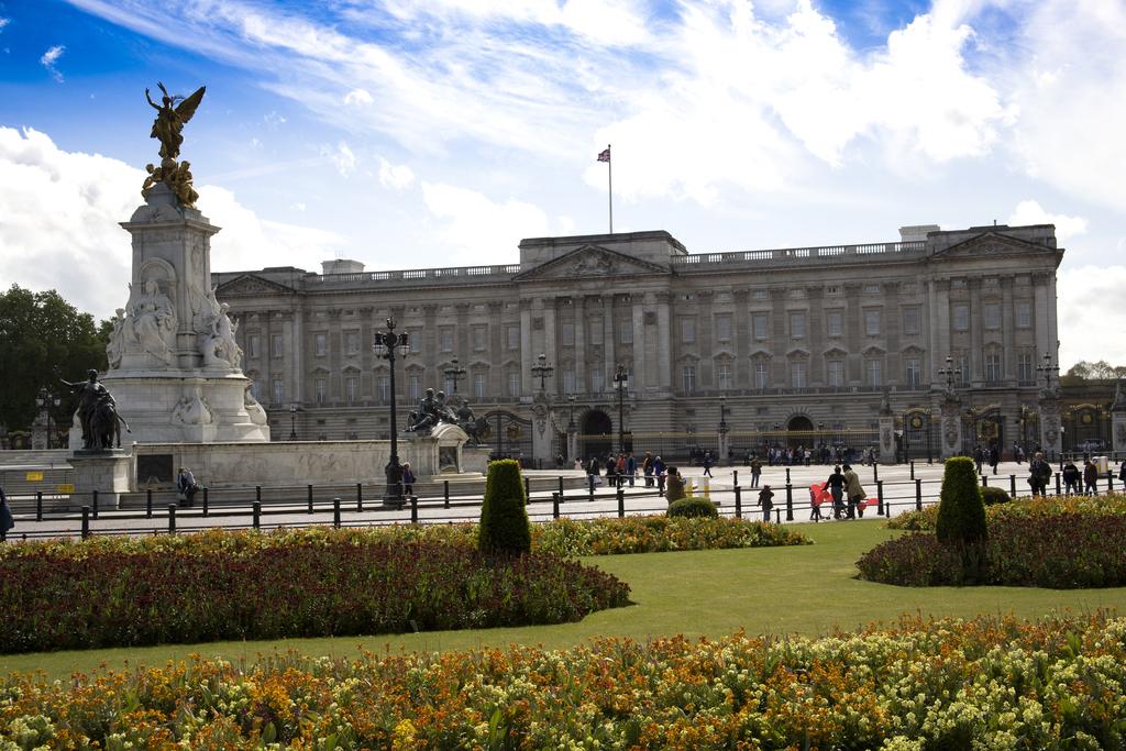 Buckingham Palace 2007 05