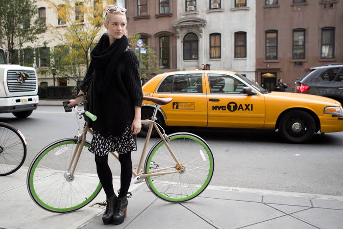 Moda En La Calle En Nueva York 923411677 700x468